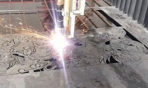 Vai trò của cắt CNC là gì trong ngành thiết kế vách ngăn